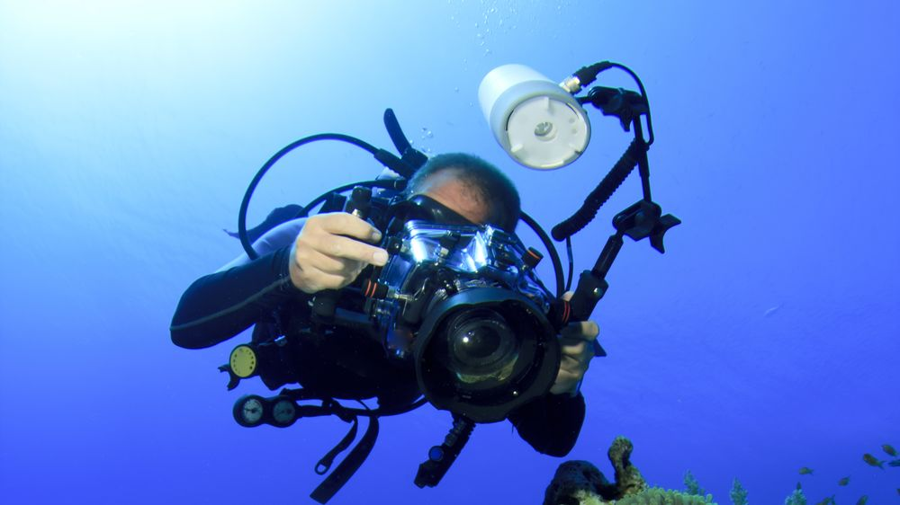 taking photos underwater