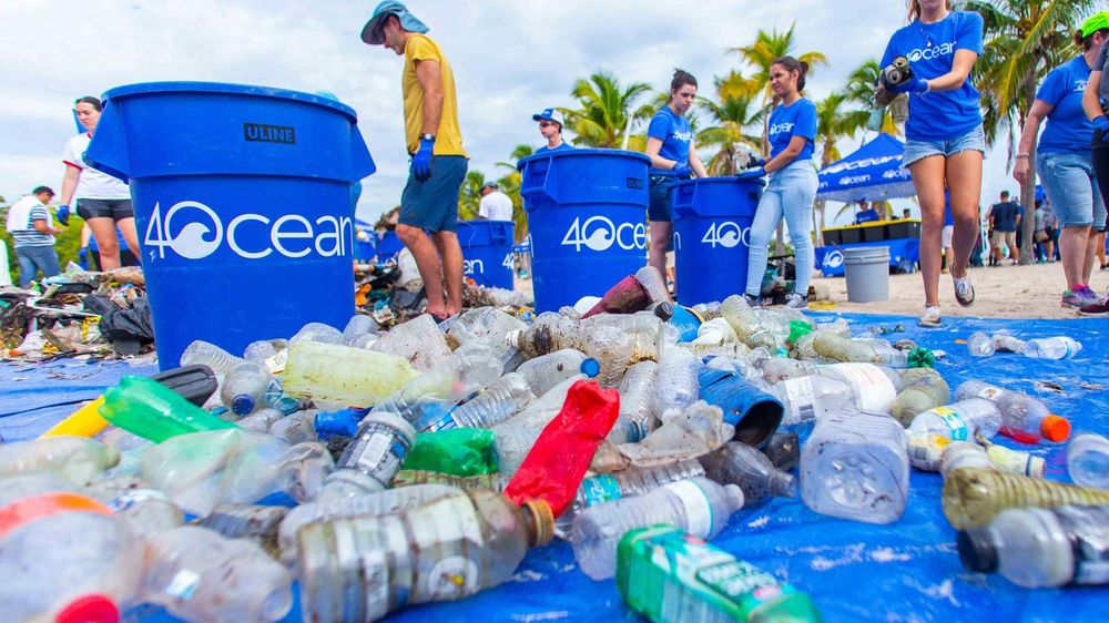 4ocean volunteers participate in a community cleanup