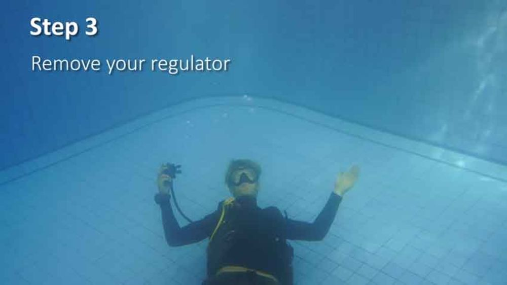 underwater to blow bubble a how sport diver rings ring an