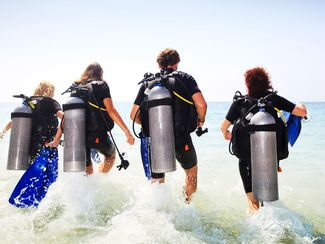 How to Make a Perfect Shore Entry for Scuba Diving