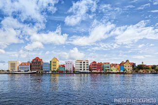 Scuba Diving Curacao's Colorful Coral Reefs
