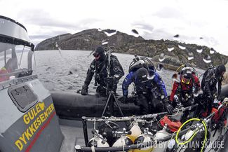 cold water scuba diving