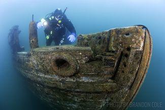 scuba diving great lakes shipwreck