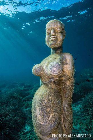 Scuba Diving Italy's Underwater Museum MuMart