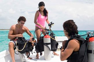 Dive Hacks: 17 Scuba Gear Tips and Tricks from the Pros
