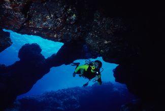 Kona Scuba Diving Cavern