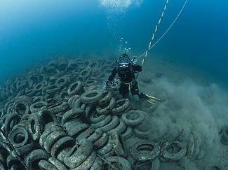 scuba diving artificial reef
