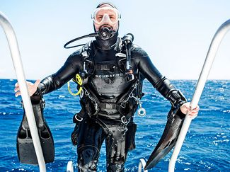 Scuba diving gear for boat divers