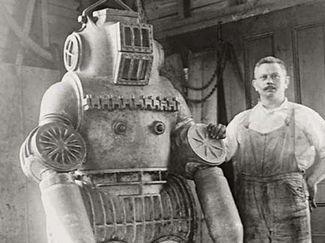 submarine armor scuba diving invention