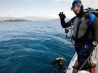 dive instructor