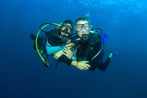 scuba dating service