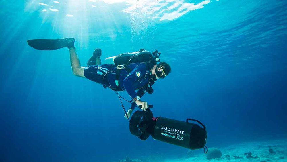 scuba diving bonaire dpv