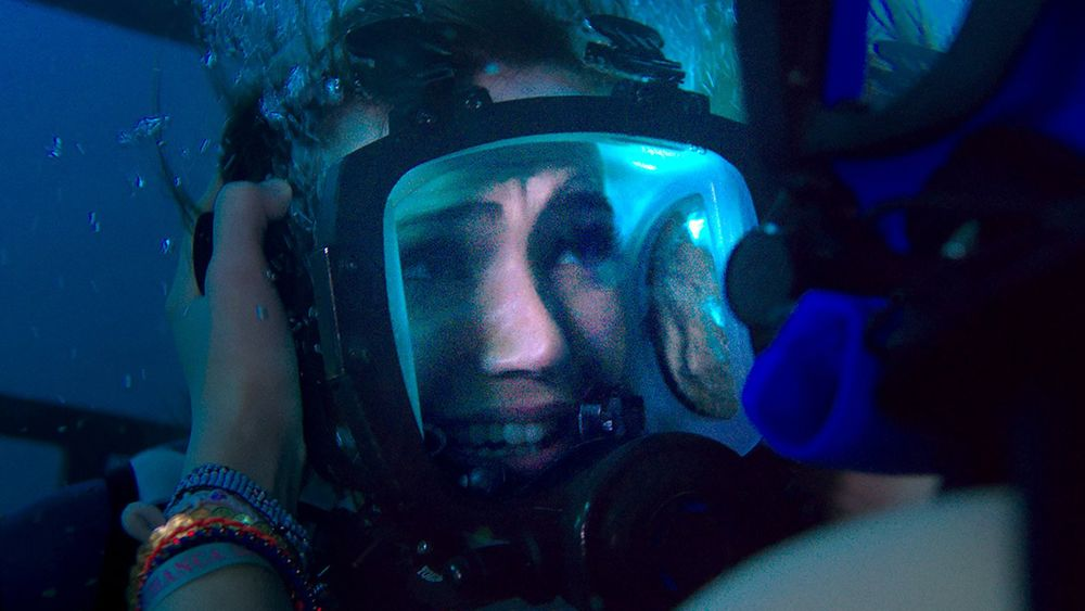 47 Meters Down plot holes