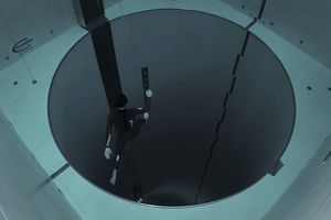 freediver in worlds deepest pool