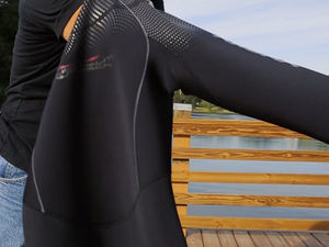 how to clean scuba diving wetsuit