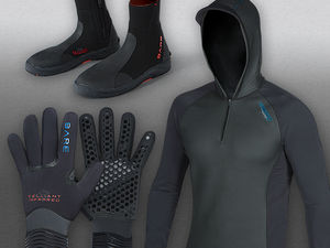 scuba diving cold water accessories