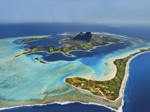 best islands to live on
