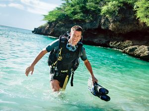 Scuba diving gear for warm-water divers tropical paradise
